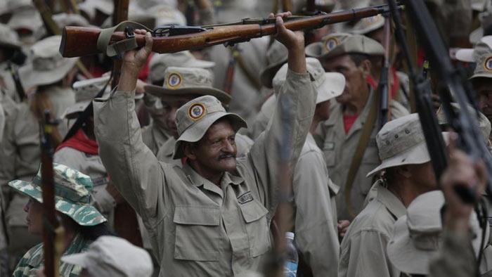 কারা এই ভেনেজুয়েলার জাতীয় মিলিশিয়া বাহিনী?