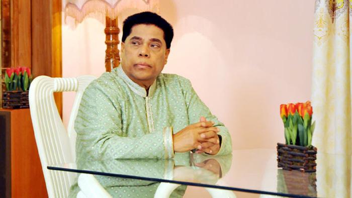 টিভি পর্দায় গাইবেন আলোচিত ড. মাহফুজুর রহমান