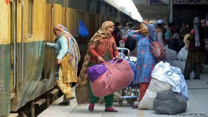 ভারত-পাকিস্তান বন্ধুত্বের নিদর্শন যে ট্রেন
