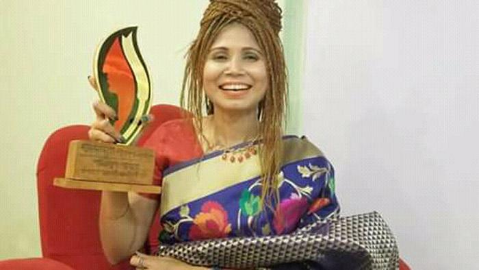 বিশ্বজয়ী নাজমুনের 'অনন্যা সম্মাননা' অর্জন